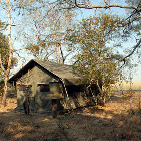 Accommodation in Kafue ranges from simple walk-in tents, like those at Musanza...
