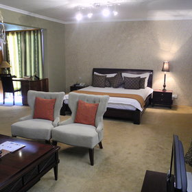 Eight Reedbuck Hotel is located only 30 minutes from the airport…