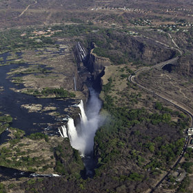 The Victoria Falls can be easily added to any safari in Zimbabwe, Botswana or Zambia