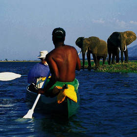 Canoe safaris are also a great way to see the valley.