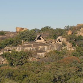Walking safaris in Zimbabwe