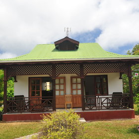 Seychelles is not necessarily expensive: there are simple guest houses...