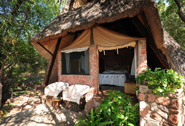 Safari to Musango Safari Camp and Bumi Hills Safari lodge on Lake Kariba, just outside Matusadona National Park.
