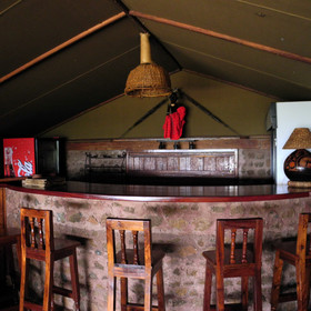This has a bar, a deck with great views over Lake Manyara and...