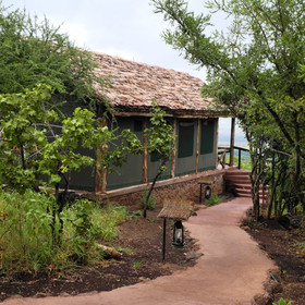 Kirurumu Tented Lodge sits on the egde of the Rift Valley high above Lake Manyara.
