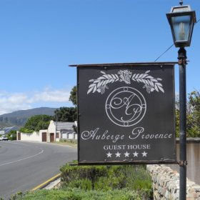 Situated just outside Hermanus, high on the cliffs overlooking Walker Bay, is Auberge Provence.
