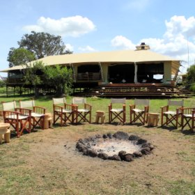 Serengeti Bushtops is located in the north west of the Serengeti National Park