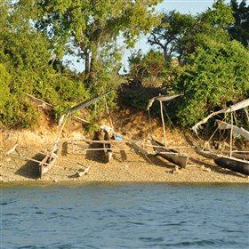 The boat ride from Pemba mainland takes you through small fishing villages...