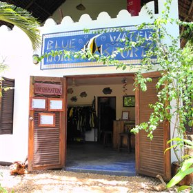 Fumba has a new, fully licensed PADI diving centre: Blue World.
