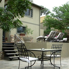 Olive Grove is a stylish guest house in Windhoek's suburb of Eros.