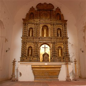...including the copper-plate alter in the church, within the Governors Palace...