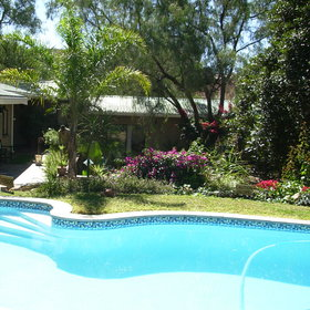 Situated a short drive from the centre of Windhoek, Haus Sonneneck…