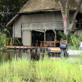 Arriving at Jacana Camp by boat can be quite adventurous!