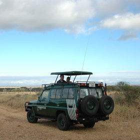 Activities focus on expertly guided 4WD safaris...