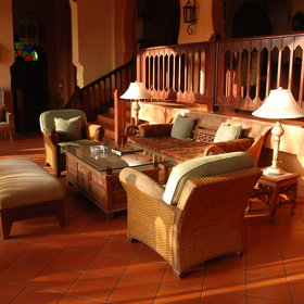 Pemba Beach Hotel has a comfortable lounge area...