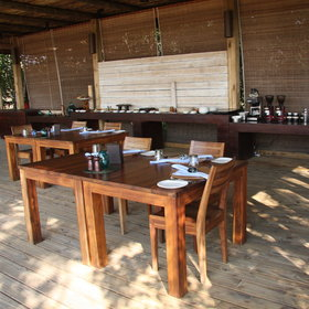 The meals are plentiful and freshly prepared at Vumbura Plains.