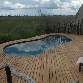 Outside Okuti's main area you will find some sun-loungers and a small swimming-pool.