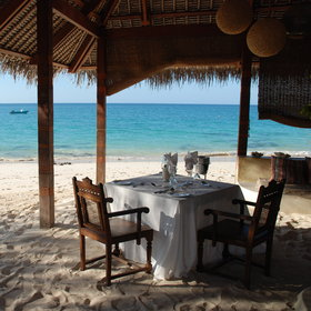 Right at the beach, private picnics with a choice of tropical delights can be arranged...