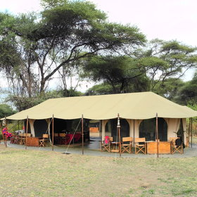 The mess tent is where you will find the lounge, dining and bar area.
