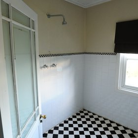 …and an en-suite bathroom.