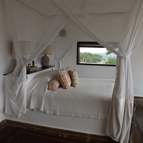 There are two huge bedrooms which have really comfortable four poster beds.