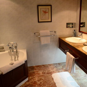 …and a more luxurious en suite bathroom.