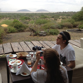 …where breakfast is often taken with panoramic views across the plains.