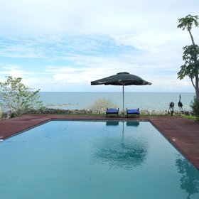 Chintheche has a lovely pool overlooking the beach ...