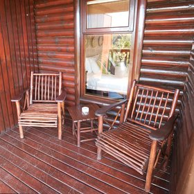 ...when relaxing on the wooden chairs here...