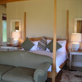 The three Karoo Suites are decorated in soft neutral tones ..