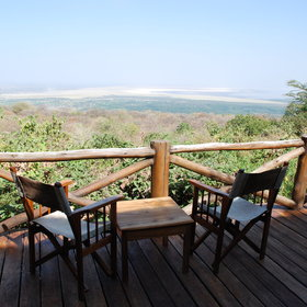 At Kirurumu Tented Camp you can enjoy a cold drink whilst having a great view of the park.