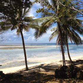 Between the well-known beaches, there are others, such as Tiwi Beach…