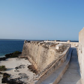 Ilha de Moçambique is also worth exploring, especially because of its Portuguese fort.