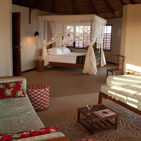 It consists of nine luxurious villas on the beach with stunning and spacious rooms.
