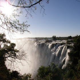 … when the Zambezi river reaches it peak.