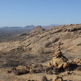 Namibia's Central Highlands is a mix of commercial farms and eye-pleasing rolling, rocky vistas.
