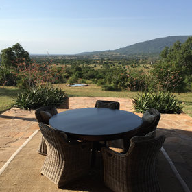 …where you can enjoy your meals whilst watching wildlife at the waterhole.