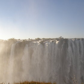 … do not forget the spectacular Victoria Falls.