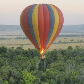 Balloon flight over the Mara