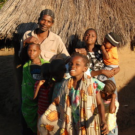 A visit to Kawaza give you a glimpse into life in a Zambian village.