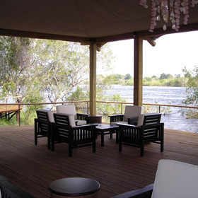 … all of which overlook the Zambezi River.
