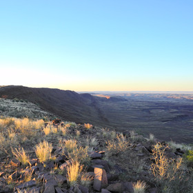 ...and sundowners to the canyon rim.