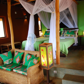 ... and rooms decorated with locally made traditional materials...