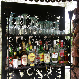 For evening drinks there is a well stocked bar...