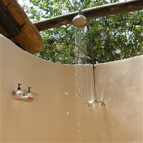 ... and an open air shower.