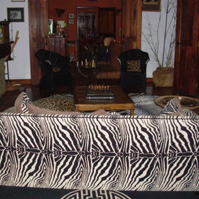 The lounge has an African feel ...