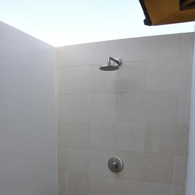 ...outdoor shower...