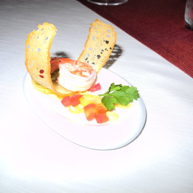 There are three restaurants which serve 'cosmopolitan' cuisine.