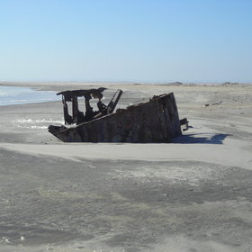 Explore the shipwrecks on the Skeleton Coast...