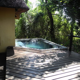 ...and a plunge pool to cool off from the day's heat.